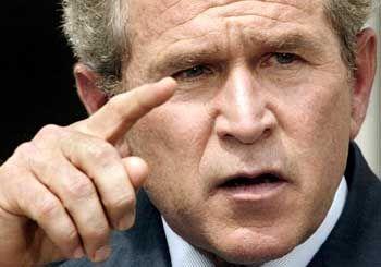 George W. Bush: Ehrgeizige Pläne für die Eroberung des Alls