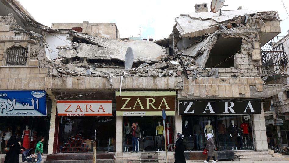 Zerstörte Gebäude in der syrischen Provinz Aleppo
