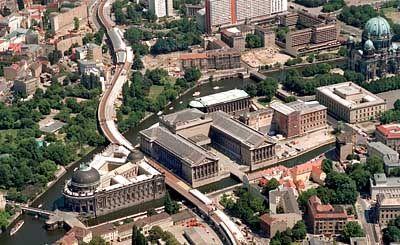 Berliner Museumsinsel Das Grosste Universalmuseum Fur Weltkultur Der Spiegel