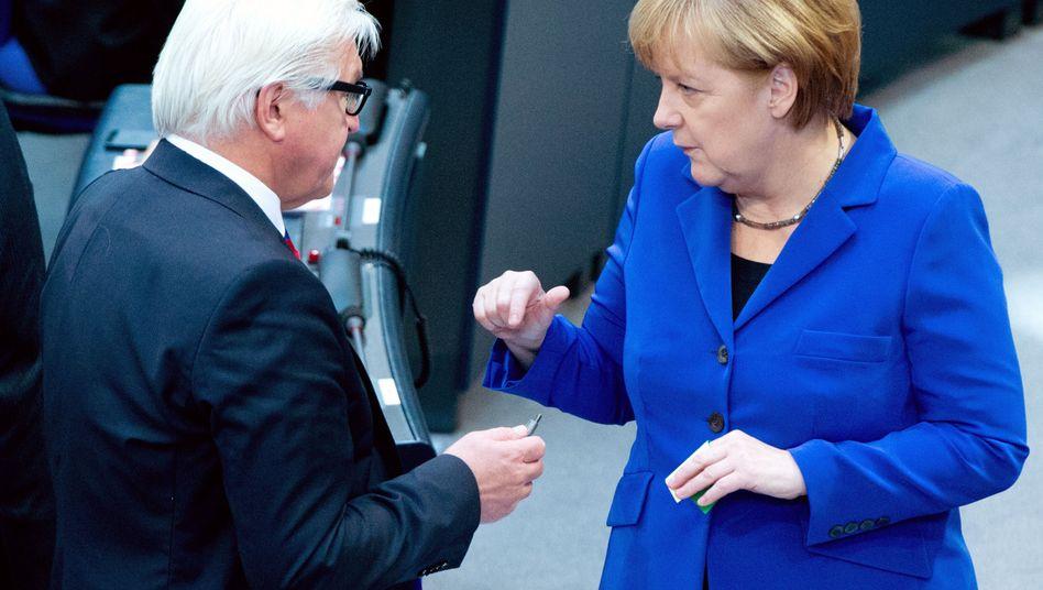 Kanzlerin Merkel, Außenminister Steinmeier: Diplomatie ist Wahrnehmungsvermögen
