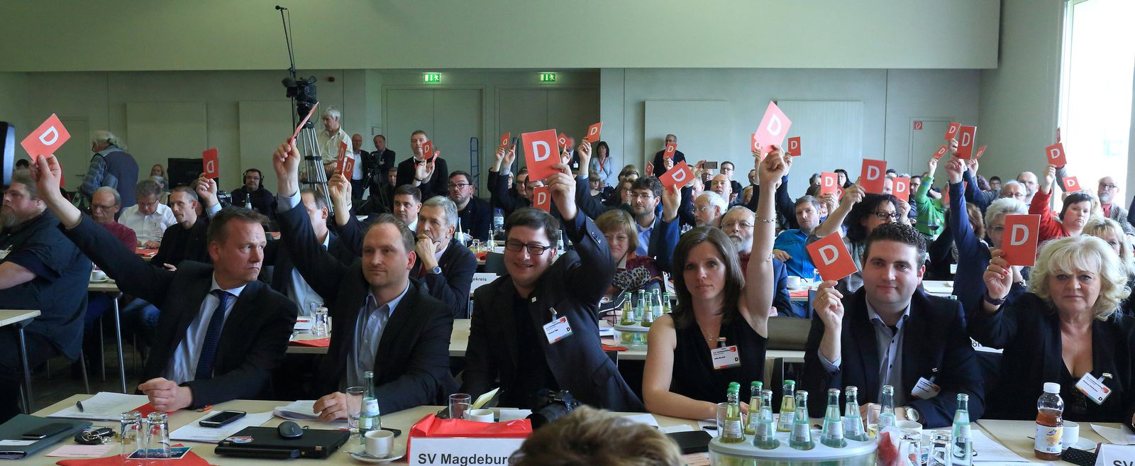SPD-Landesparteitag/ Sachsen-Anhalt/ Abstimmung