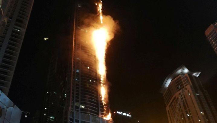 Dubai: Großbrand im Wolkenkratzer
