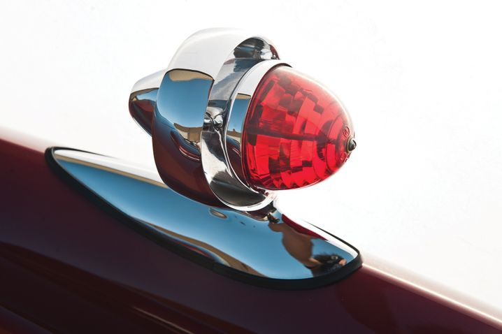 Die Rücklichter des D'Elegance, sogenannte Gun-Sight Taillights