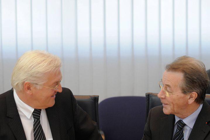 Frank-Walter Steinmeier, Franz Müntefering: Unionstreu bis zur Wahl