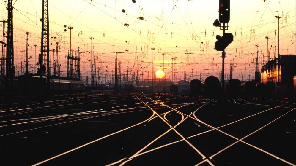 Photo gallery: Metal Theft Spikes Along German Railways