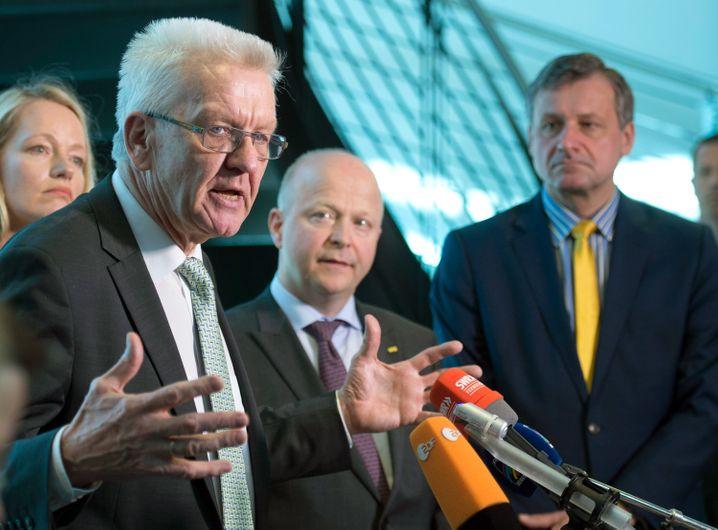 Grünen-Politiker Winfried Kretschmann, FDP-Politiker Michael Theurer und Hans-Ulrich Rülke im Jahr 2016: Die Ampel war damals keine Vision von Rülke