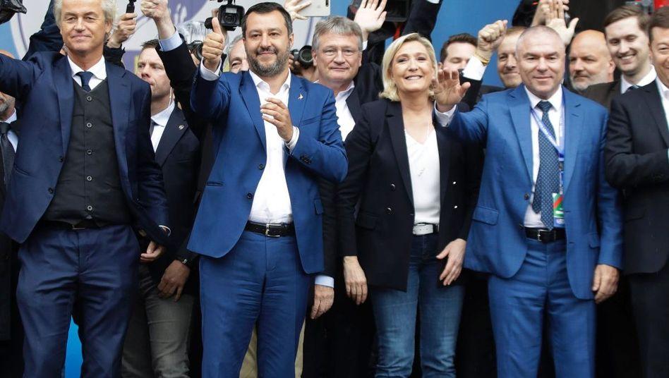 Europäische Rechtspopulisten, unter anderem Geert Wilders, Matteo Salvini, Jörg Meuthen, Marine Le Pen