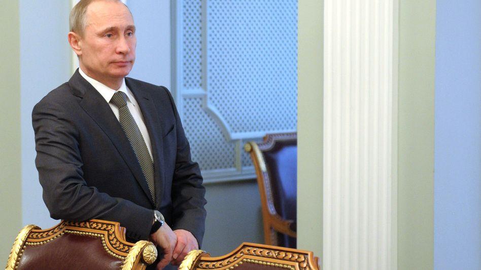 """Putin: """"Nicht nur wachsam sein, sondern bereit für jede Entwicklung"""""""