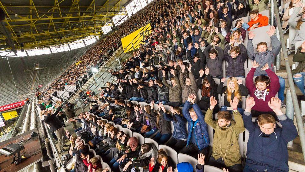 Leberkäse, Stadion, Kneipe: So geht die Uni erst richtig los