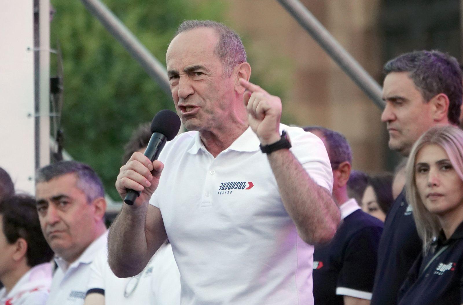 Vor der vorgezogenen Parlamentswahl in Armenien