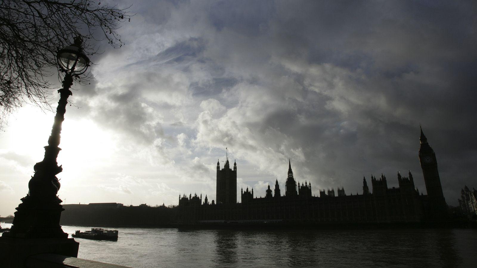 Schatten über der Wahl/ Westminster