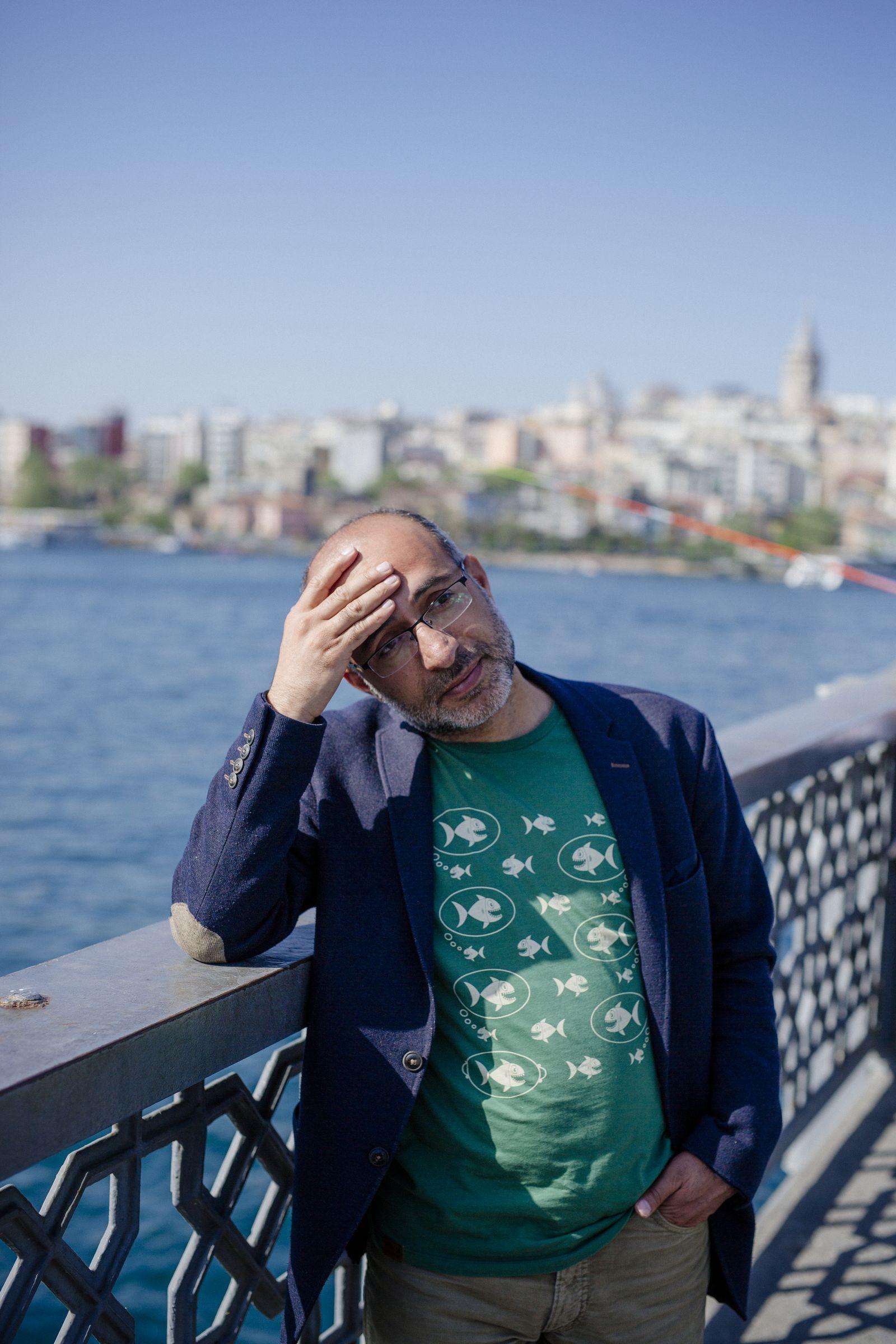 EINMALIGE VERWENDUNG Türkei / Intellektuelle