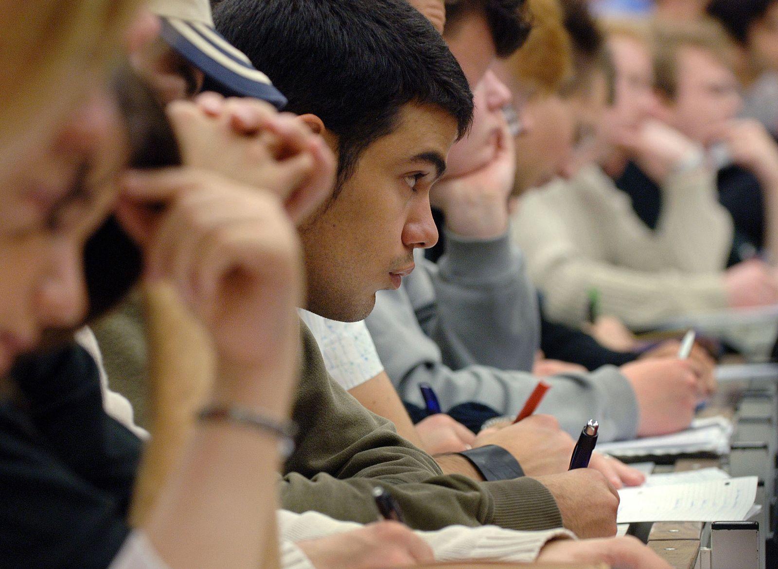 Ausländische Studenten/ Migration