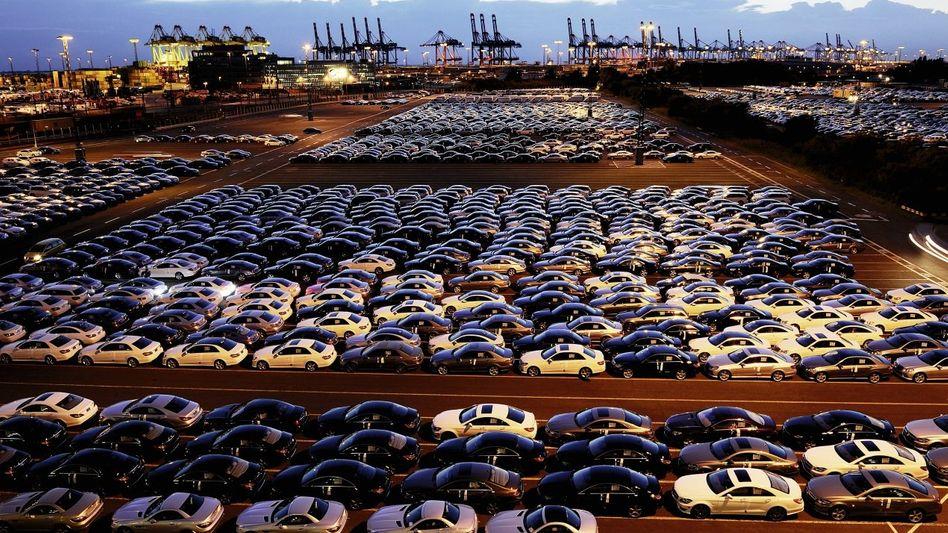 Autos für den Export in Bremerhaven: »Unzureichender Wohlfahrtsindikator«