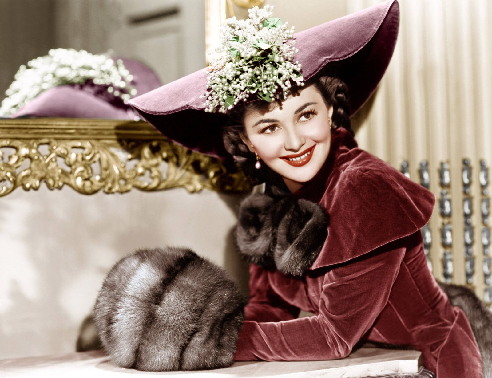 THEY DIED WITH THEIR BOOTS ON, Olivia de Havilland, 1941 Courtesy Everett Collection !ACHTUNG AUFNAHMEDATUM GESCHÄTZT! P
