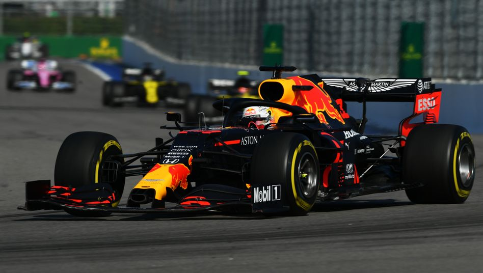 Max Verstappen im Red Bull mit Honda-Antrieb