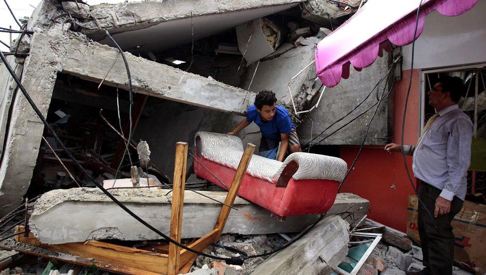 Erdbeben in Ecuador: Viele Tote, große Zerstörungen