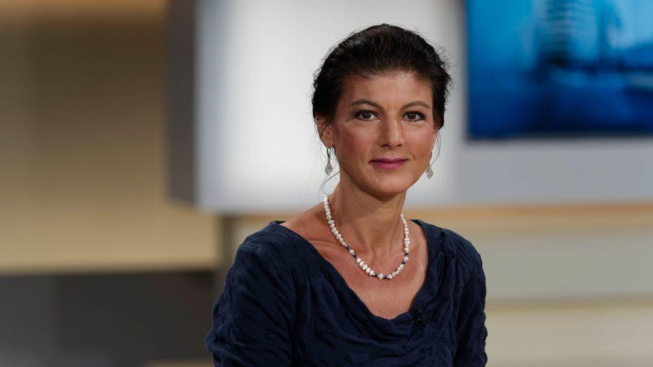 Sahra Wagenknecht: Die Politikerin wird von eigenen Parteimitgliedern kritisiert