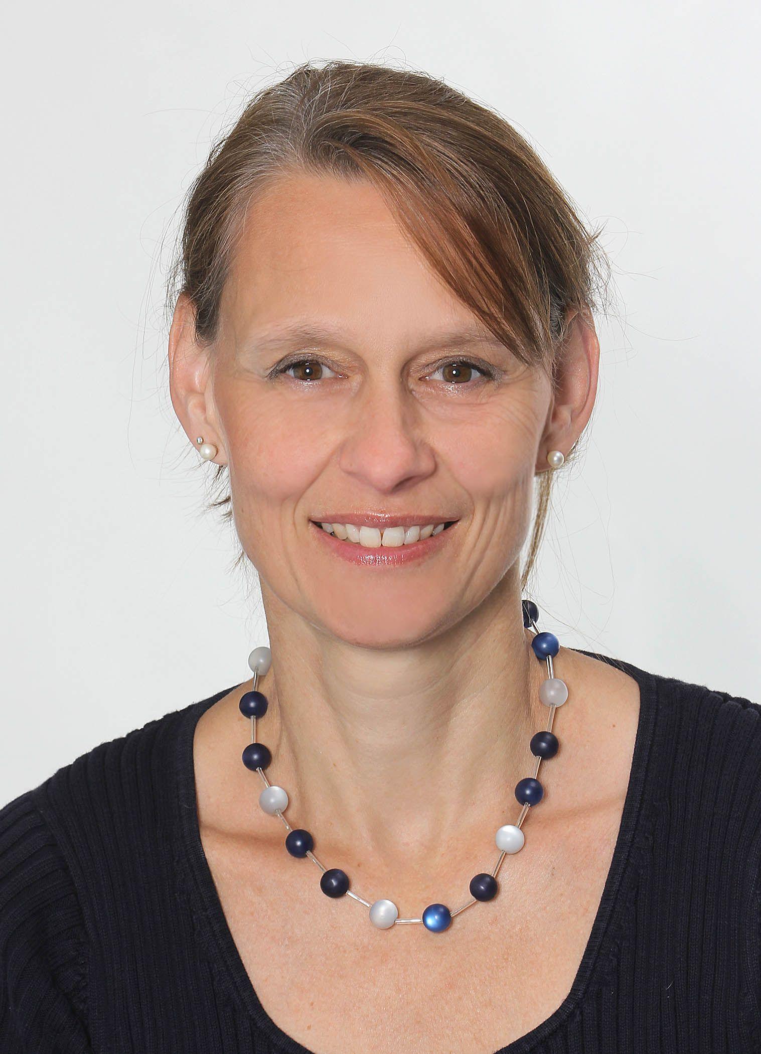 EINMALIGE VERWENDUNG Frau Prof. Hoffmann