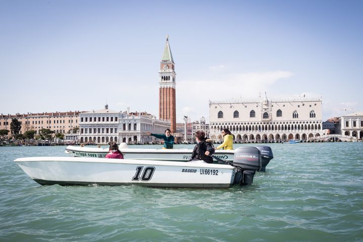 Women in Venice have taken advantage of the absence of cruise ships and the quiet caused by the pandemic to learn how to pilot boats in Venice.
