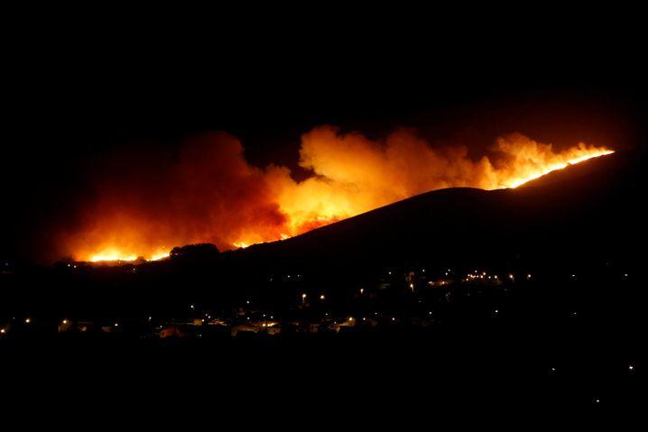 Waldbrand bei Sintra (am Wochenende)