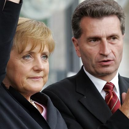 Merkel, Oettinger (Archivbild): Rüffel von der Parteichefin