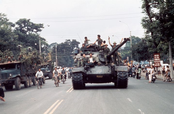 Ende mit Schrecken: Nordvietnamesische Truppen bei der Eroberung Saigons 1975