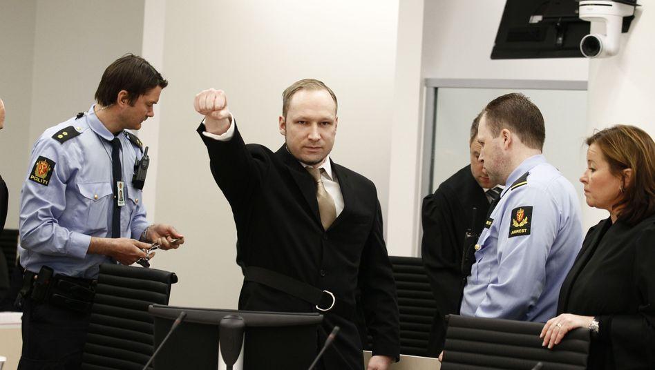 Prozess in Oslo: Attentäter Breivik inszeniert sich vor Gericht