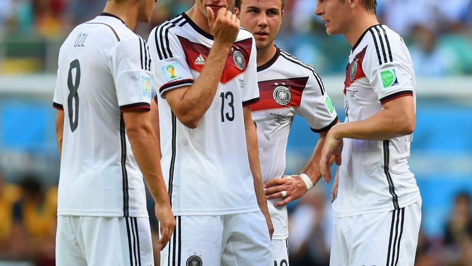Nationalspieler Müller, Götze, Kroos: Auf Liste zur Weltfußballer-Wahl