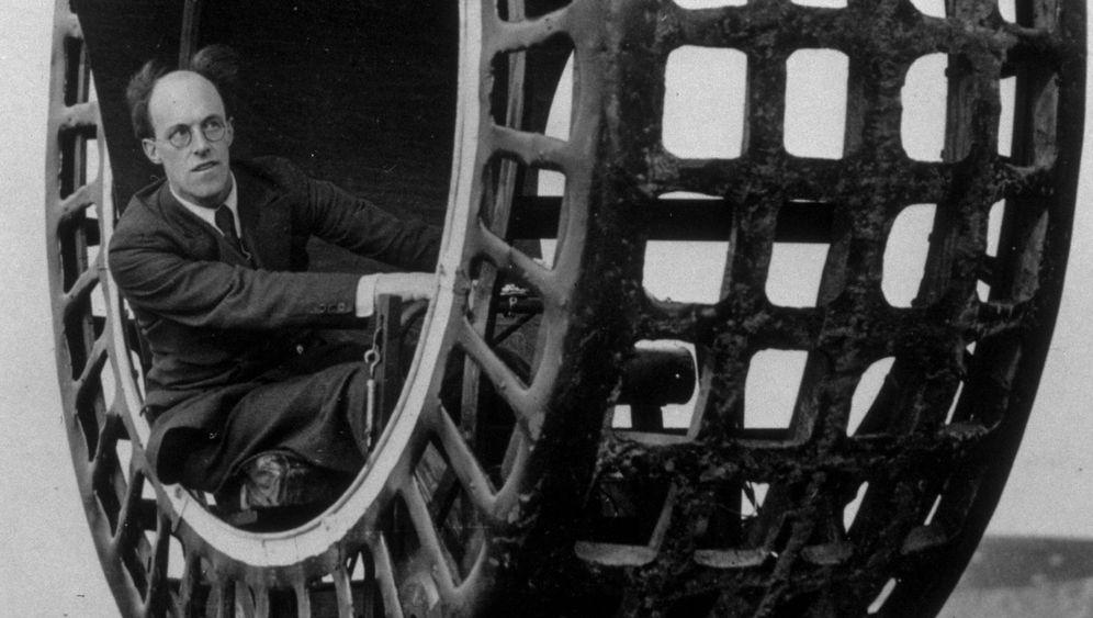 Vergessene Erfindungen: Motorisiertes Surfbrett und die Spaghettiaufwicklmaschine