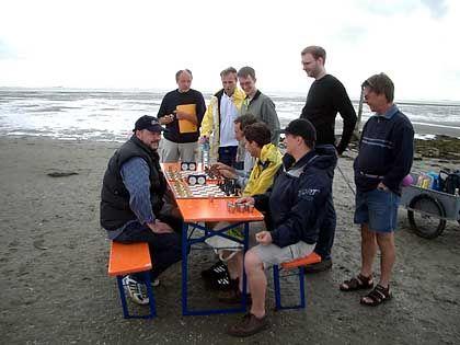Schachwatt: Blitzschach neben Winem Priel