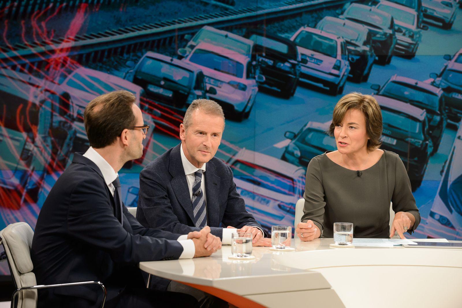 EINMALIGE VERWENDUNG Maybrit Illner TV