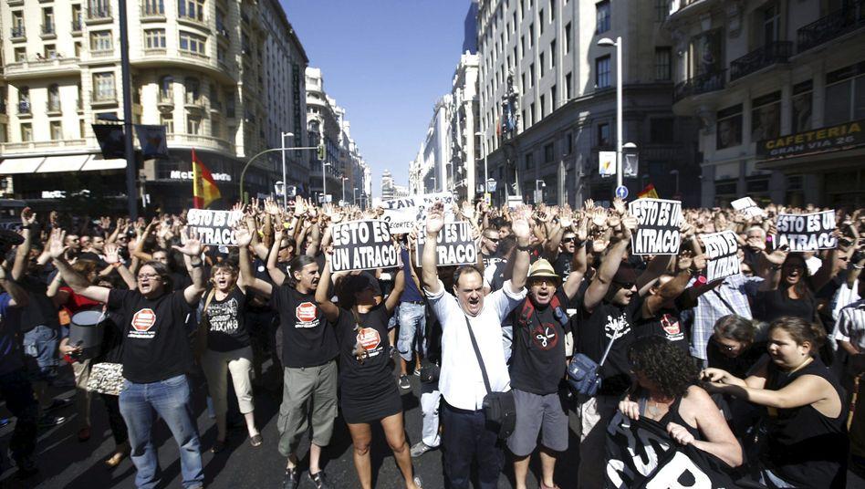 Demonstration in Madrid: Protest gegen Banken-Abzocke und Sparmaßnahmen