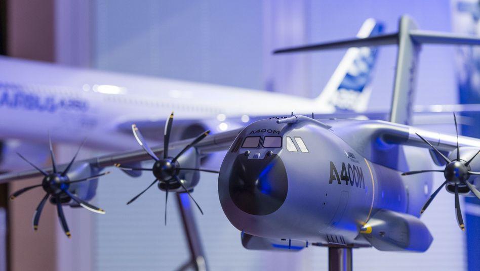 Militärtransporter A400M: Extrakosten durch die verzögerte Lieferung konnte Airbus durch Sondergewinne ausgleichen