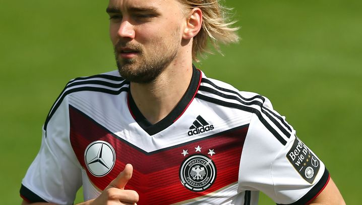 Gestrichene Nationalspieler: Schmelzers Pech, Durms Glück