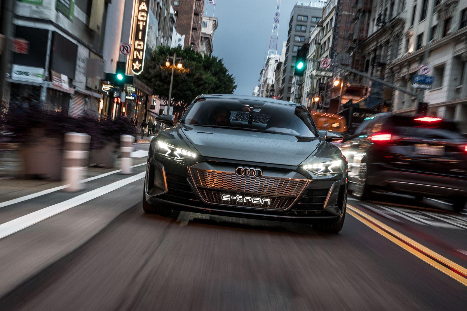 2018 / Audi E-Tron GT