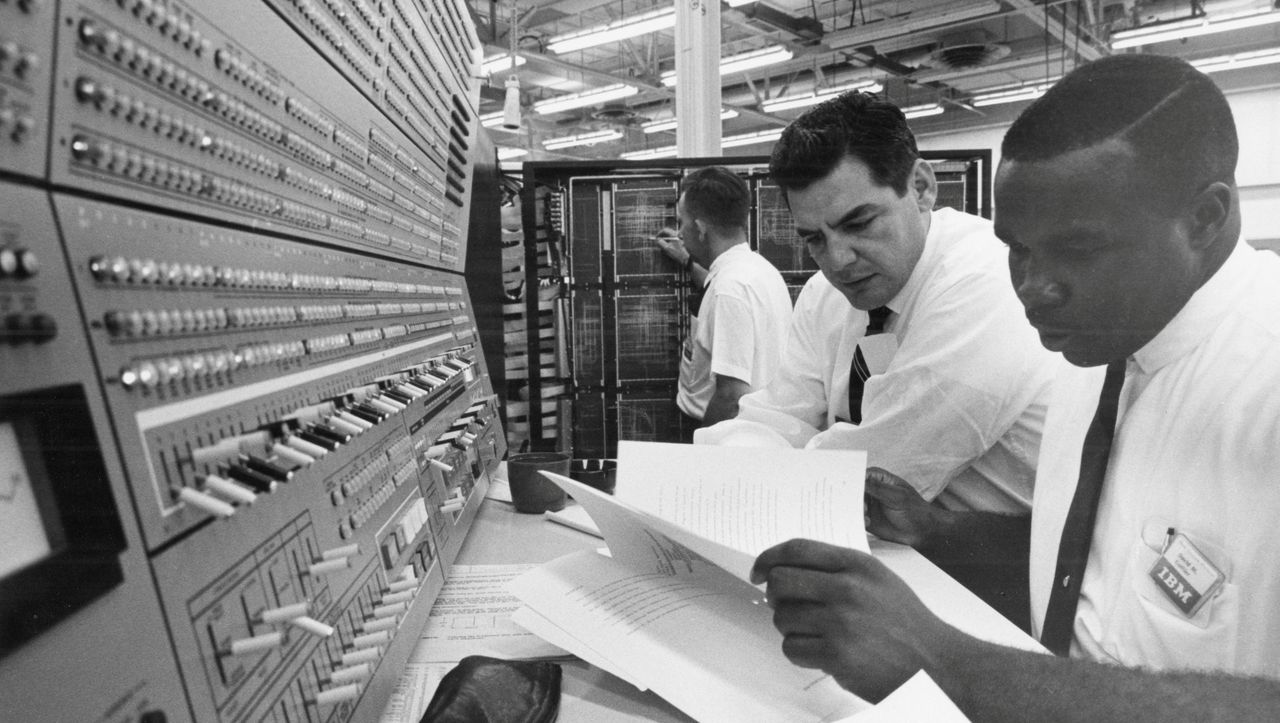 Coronakrise in US-Behörden: Die COBOL-Cowboys reiten wieder - DER SPIEGEL - Netzwelt