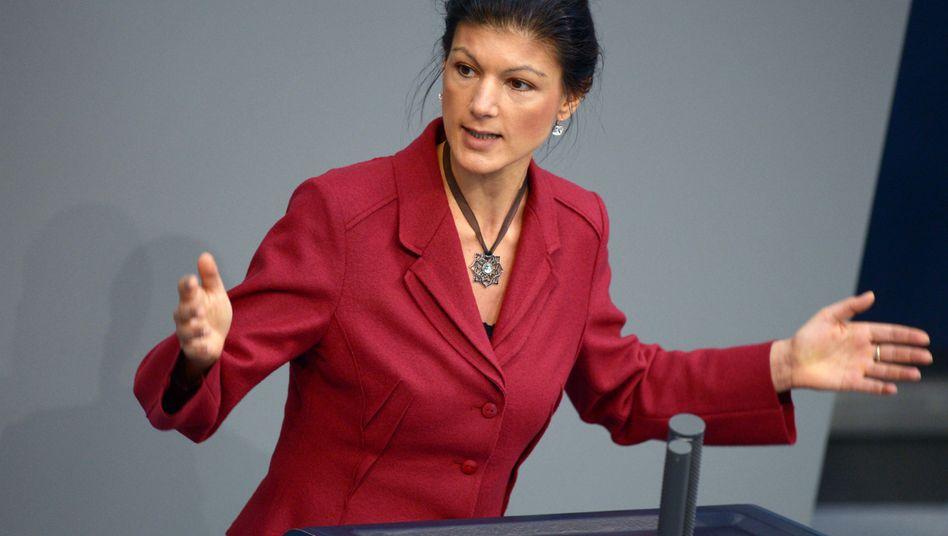 """Vizechefin Wagenknecht: """"So wie der Euro eingeführt wurde, funktioniert er nicht, sondern spaltet Europa"""""""