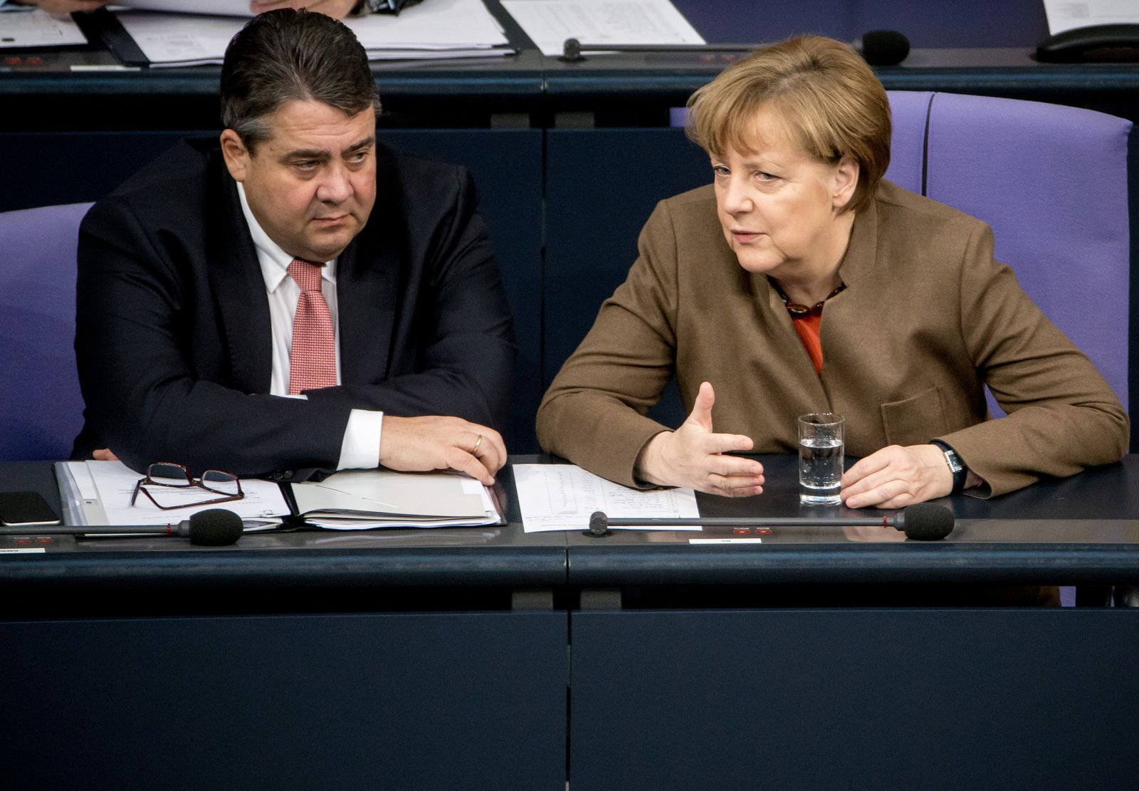 Bundestag Merkel Gabriel