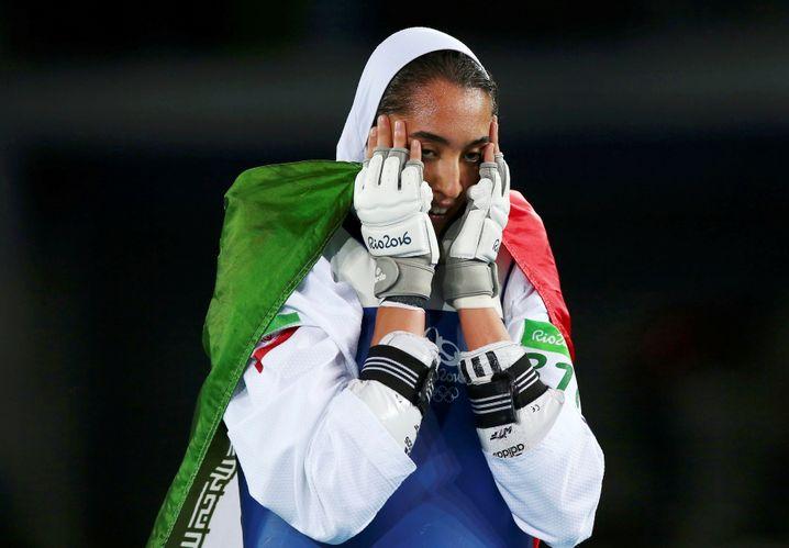Alizadeh nach dem Gewinn der Bronzemedaille bei den Olympischen Spielen in Rio de Janeiro 2016