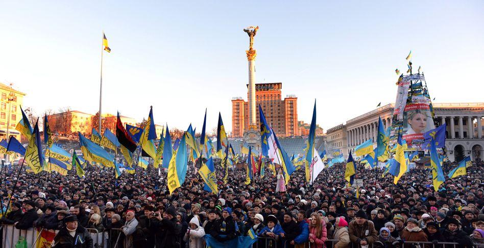 Massenproteste auf dem Maidan: Am Sonntag protestierten 200.000 Ukrainer