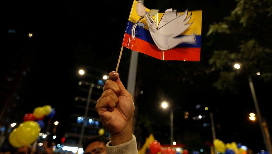 Feiern zum Friedensvertrag in Bogotá