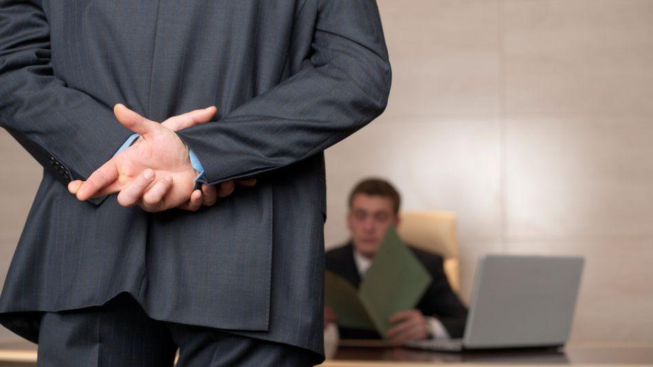 Gekreuzte Finger: Bei manchen Menschen ist das notorische Lügen Teil einer narzisstischen Persönlichkeitsstörung