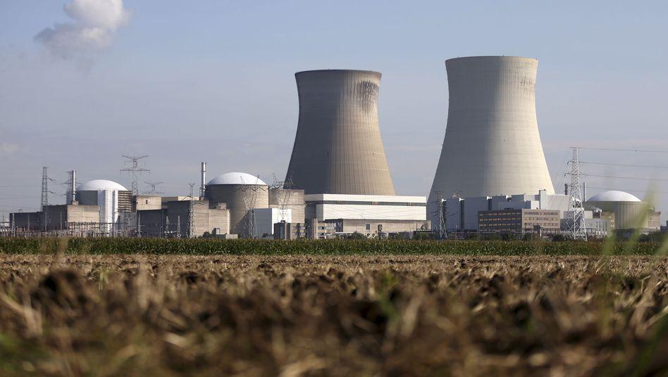 Das Atomkraftwerk Doel steht nahe der Grenze zu Deutschland