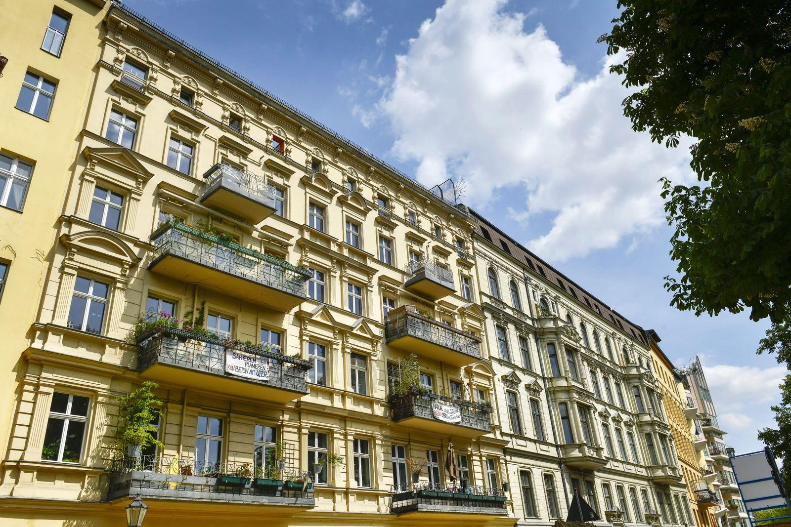EINMALIGE VERWENDUNG Altbauwohnungen / Immobilien / Wohnungen / Mietwohnungen / Berlin