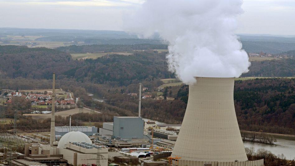 E.on-Kernkraftwerke Isar I und II nahe Landshut: Konzerne prüfen rechtliche Schritte