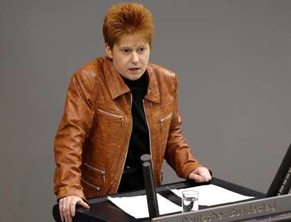 """PDS-Bundestagsabgeordnete Pau: """"Das Wort Fremdarbeiter ist inhuman"""""""
