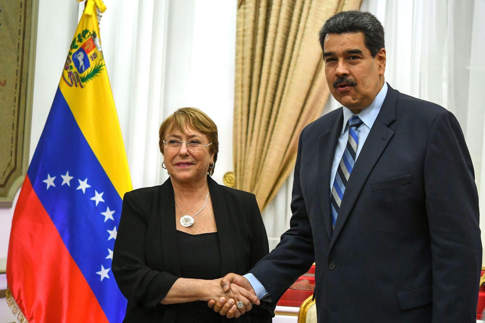 TOPSHOT-VENEZUELA-CRISIS-UN-MADURO-BACHELET
