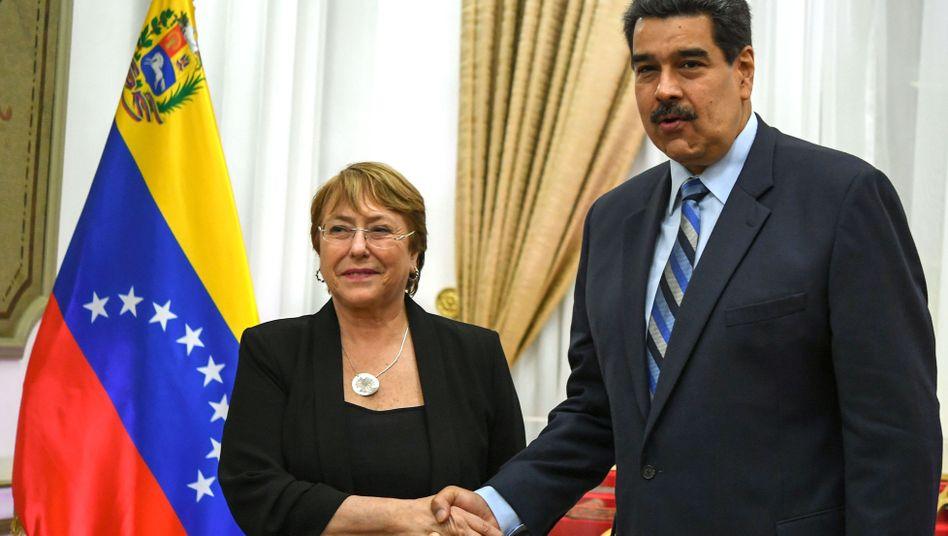 Menschenrechtskommissarin Bachelet und Maduro