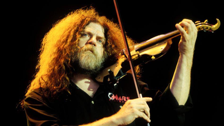 Steinhardt im April 2000 bei einem Konzert: Sein Geigenspiel prägte den Sound von Kansas